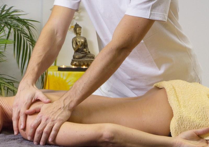 Corsi riconosciuti per massaggiatori: come diventare dei veri esperti