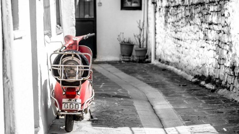 Le migliori mete italiane da visitare in sella a una Vespa